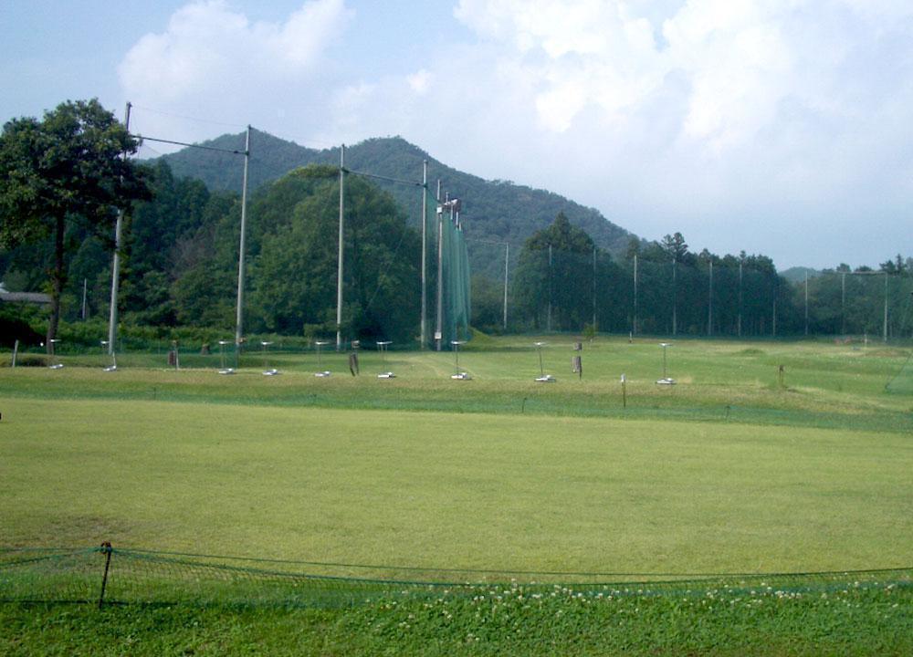 岡之山ゴルフアベニュー(西脇市)/打ちっぱなし・ゴルフ練習場一覧[コンドル]