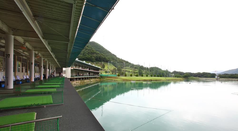 高松ゴルフプラザ(西脇市)/打ちっぱなし・ゴルフ練習場一覧[コンドル]