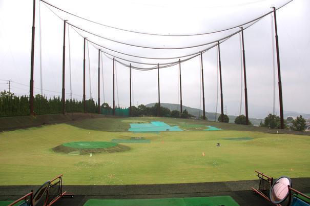 ドライビングスペース青葉ゴルフ(福岡市東区)/打ちっぱなし・ゴルフ練習場一覧[コンドル]