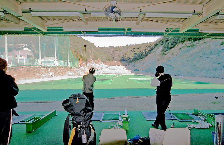 八幡山ゴルフ練習場(牧之原市)/打ちっぱなし・ゴルフ練習場一覧[コンドル]